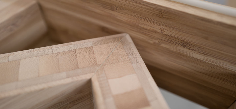 Bamboo table design. Bamboe tafel design.