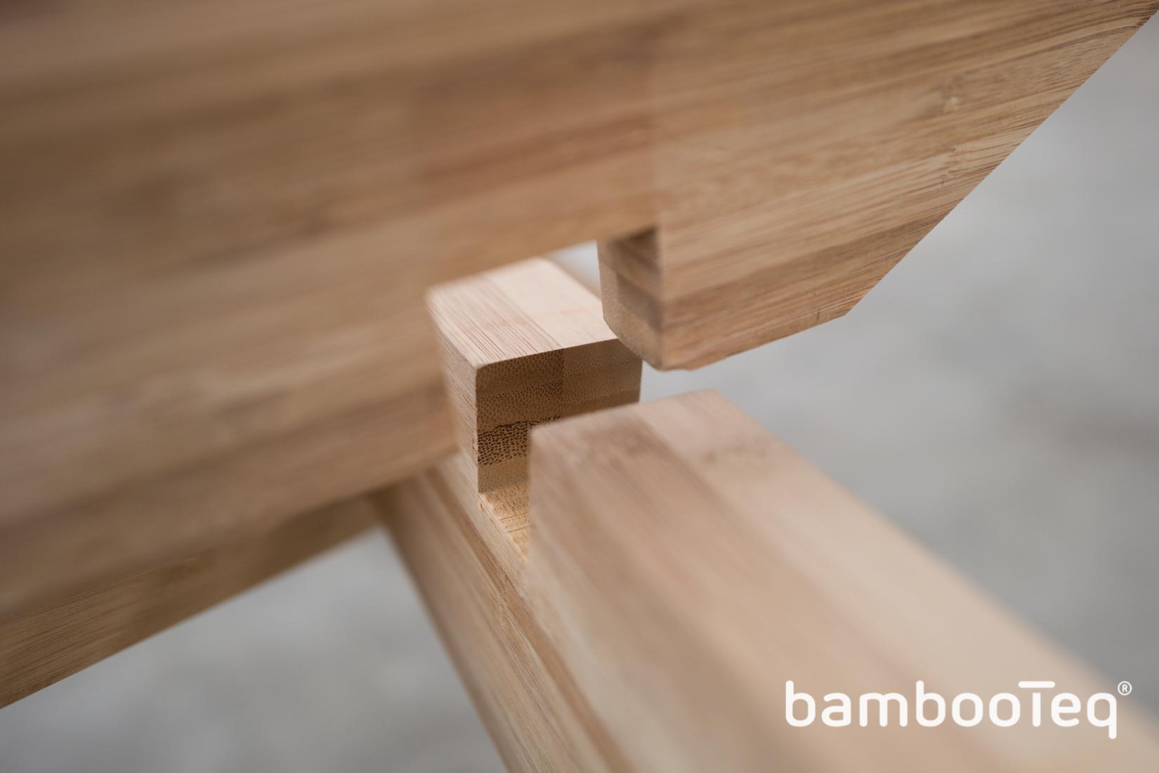 'The Insect' tafel gemaakt van bamboe